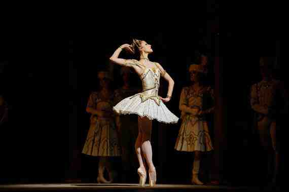 San Francisco Ballet - Raymonda Act III