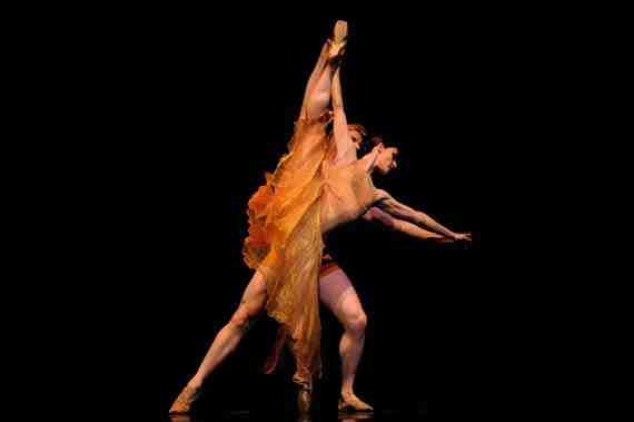 San Francisco Ballet - Symphonic Dances