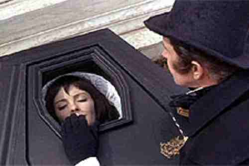Tomb Of Ligeia - Vincent Price and Elizabeth Shepherd as Ligeia