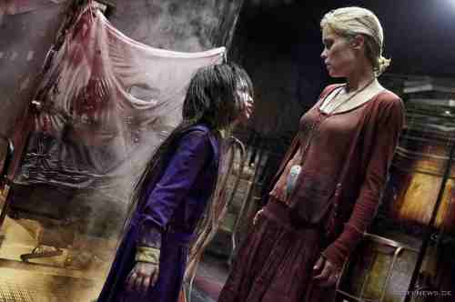 Jodelle Ferland and Radha Mitchell in Silent Hill