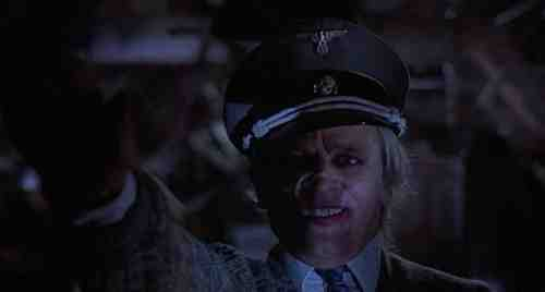 Klaus Kinski stars in Crawlspace (1986, David Schmoeller)