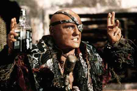 Dennis Hopper leads the pirates of Waterworld