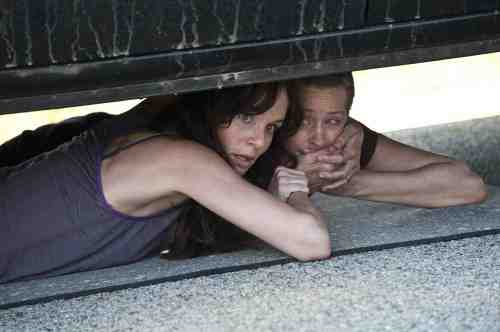 The Walking Dead Lori and Carol S02E01
