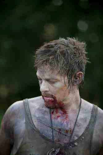 The Walking Dead S02E05 Daryl