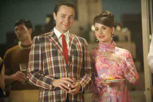 Mad Men Season 5 Episode 1 Pete and Trudy