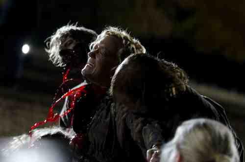 Walking Dead S02E13 Patricia eaten