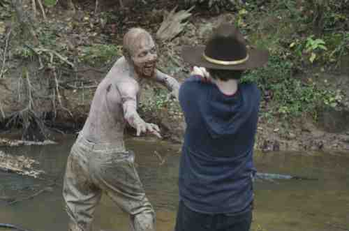 "The Walking Dead Recap: ""Judge, Jury, Executioner"" (Season 2, Episode 11) 3"