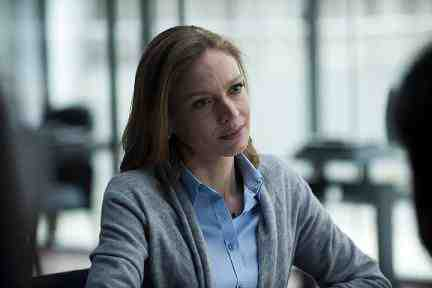 Gwen Eaton (Kristin Lehman) in The Killing