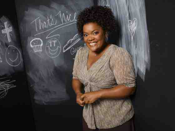Interview: Yvette Nicole Brown Discusses Community and Her Positive Outlook 1