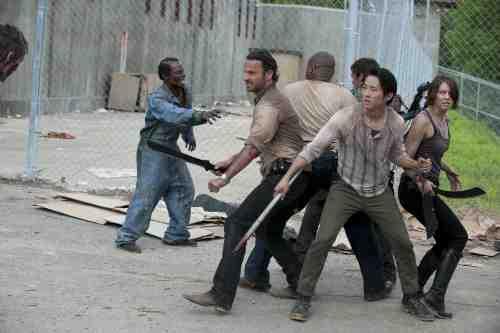 """The Walking Dead Recap: """"Seed"""" (Season 3, Episode 1) 1"""