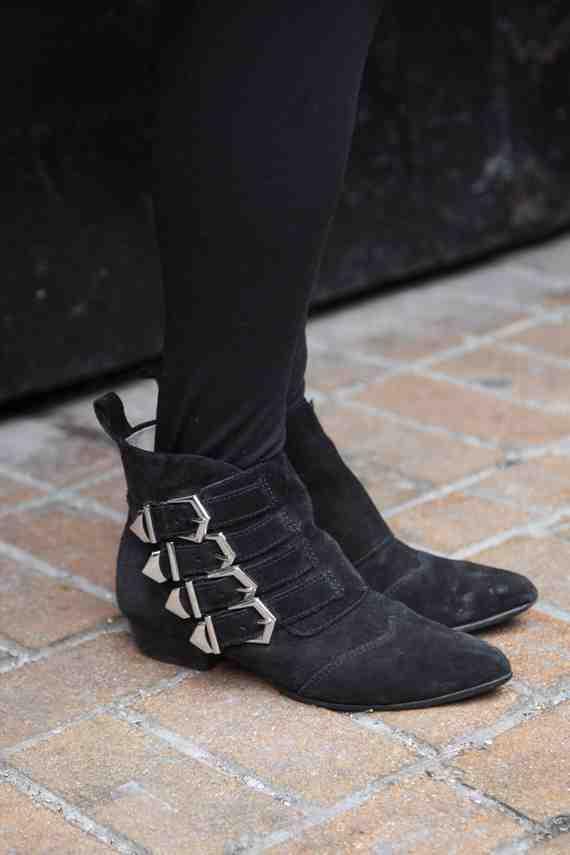 CLR Street Fashion: Zara Shoes