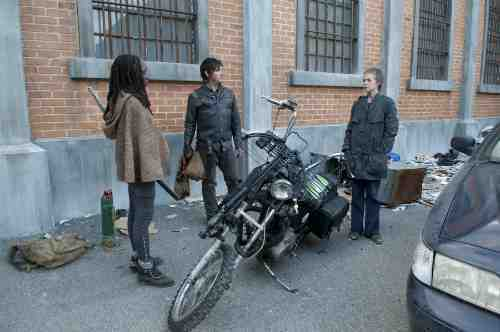 Walking Dead Michonne Daryl Carol